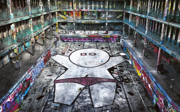 Dimitri tolsto photographe des graffitis de molitor for Piscine nocturne paris