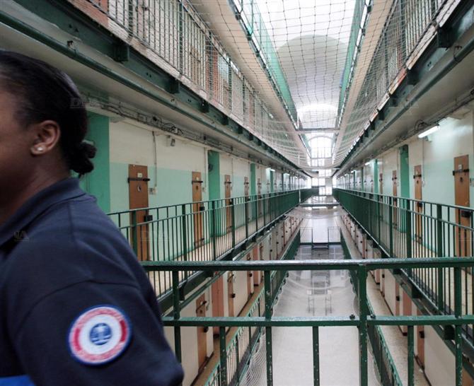 citad u2019elles  le magazine pour femmes emprisonn u00e9es