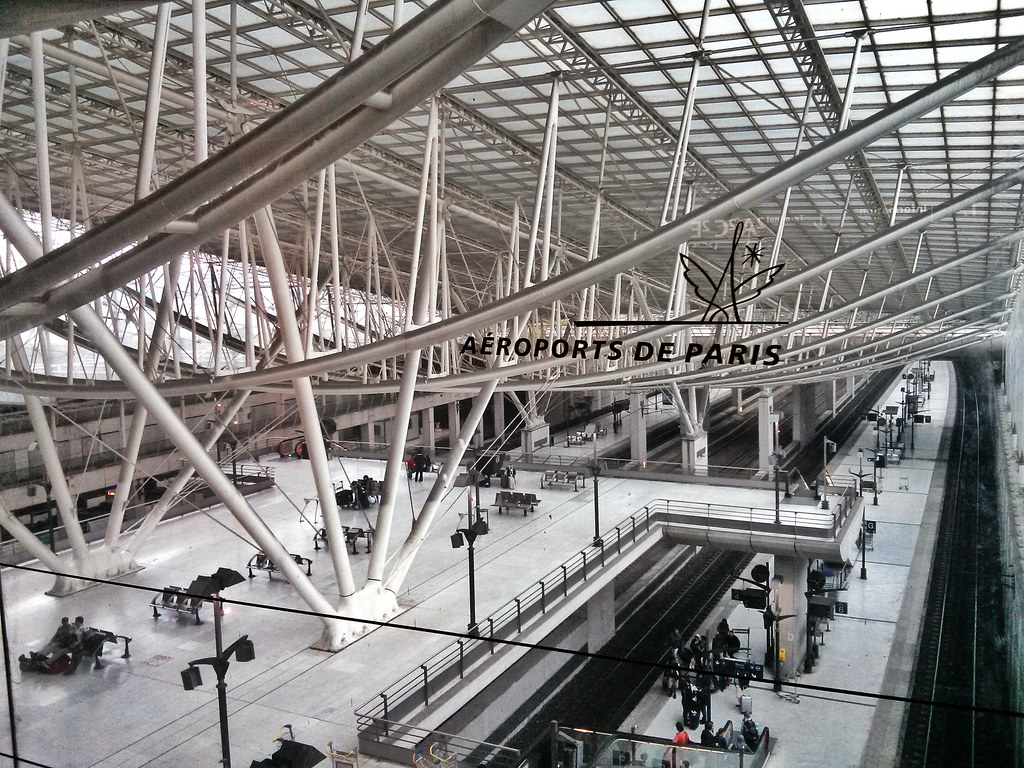aeroports de paris ADP privatisation suspendue gouvernement - Métropolitaine